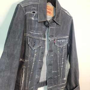 Levis trucker grey distressed jacket size small